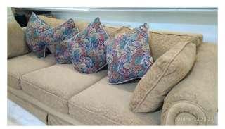 Sofa Australia origin
