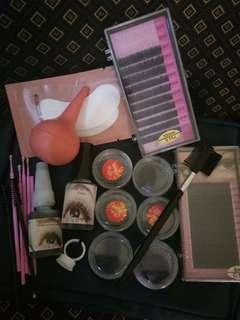 Eyelash extention tools