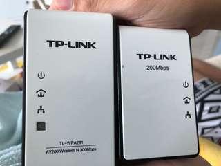 TP-link AV200 wireless N 300mbps & TP-link AV200 powerline adapter 200mbps