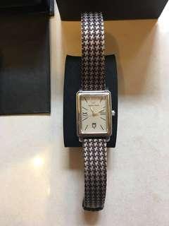EMPORIO ARMANI 女裝品牌手錶,優雅大方,9成新,原庄盒
