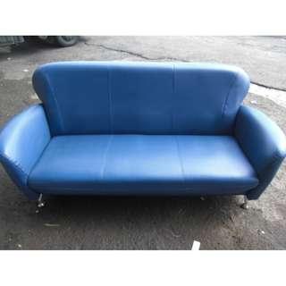 🚚 尚典中古家具(二手家具)~中古皮沙發(二手沙發)水藍色三人皮沙發