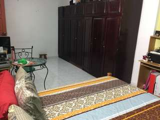 Fort Road Spacious Room for Rent