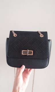 CHARLES&KEITH ORI 100% mini sling bag