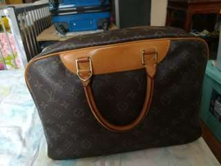 Lv deauville monogram boston bag