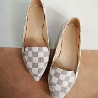 Pre order louis vuitton doll shoes