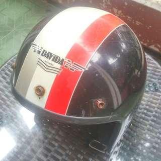 Helm Davida England