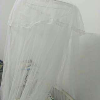 Mosquito net with stand