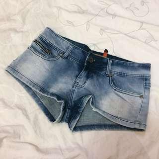 牛仔超短褲
