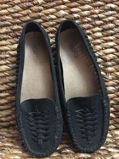 Authentic Uggs leather flats