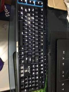 羅技 G710+機械鍵盤