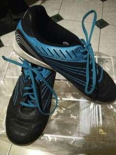Sepatu Futsal Fila