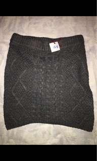 Ladies Knit Skirt