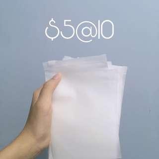 磨砂防水收納袋