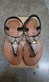 🚚 平底涼鞋(39號)