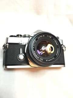 OLYMPUS OM 1  & 50 mm