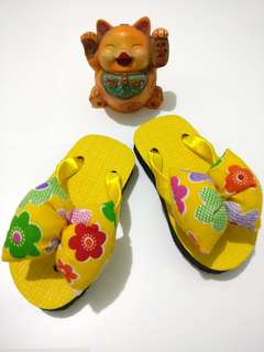 Sandal Pita Yellow