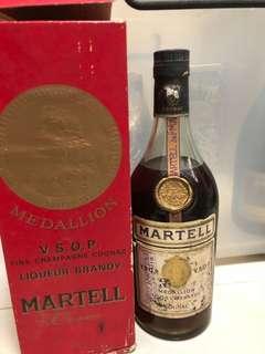 老酒馬爹利白紙金牌martell vsop700ml