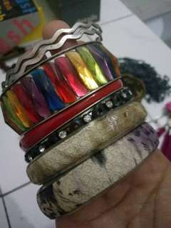 Gelang preloved 1 set bracelet