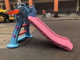 Doraemon Slide