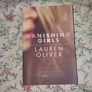 VANISHING GIRLS by Lauren Oliver (REPRICED)