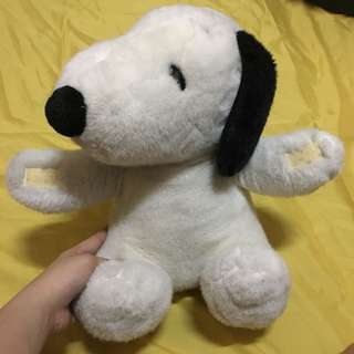 Snoopy stuffed toy