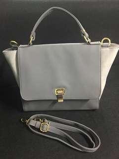 Slingbag / hand bag