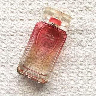 Victoria's Secret Love Is Heavenly - 20 ml