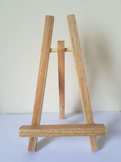 Mini Wooden Easel Stand