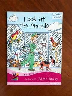 英文故事書 Look At The Animals