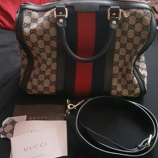 Preloved Gucci Boston 30