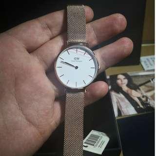Originla DW手錶 高檔手錶 石英手錶 【機芯可驗 不正包退】DW手錶 情侶對錶 男錶 女錶 皮錶帶 白錶盤 黑錶盤 潮流腕錶 石英錶 機芯保固兩年