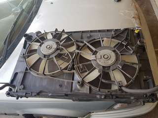 Toyota Estima acr50 radiator
