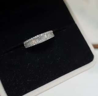 (Cash Price repriced - Unused) Half eternity diamond ring with round & baguettes diamonds