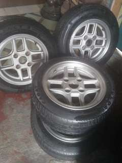 "13"" TOMS Racing Mags & Tires"