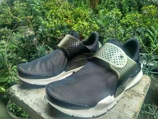 Nike Sock Dart SE Original Murah !!! (Bukan Jordan, Nmd, Ultra boost, vans)