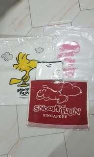 Snoopy Run Goodies Bag