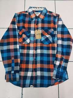 VANS AND DC FLANEL