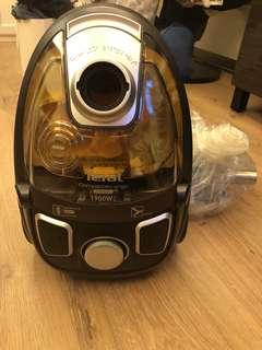 Tefal Vacuum Cleaner 1900W (used twice)