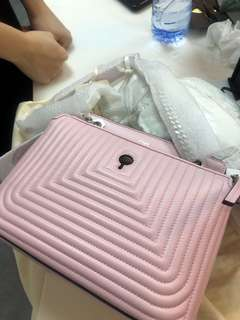 fendi dotcom shoulder bag pink