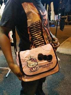 Hello kitty slingbag