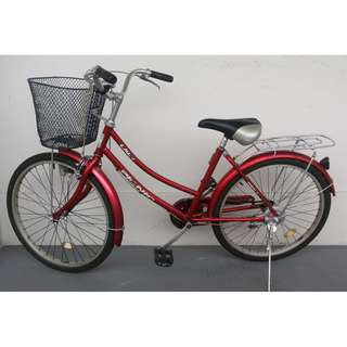 lady bike bicycle with basket rear rack Excellent condition
