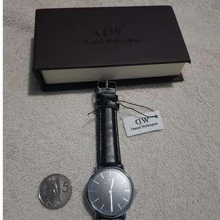 🇺🇸Daniel Wellington classic sheffield black strap