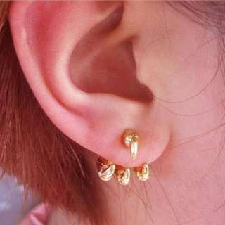 Claw earrings