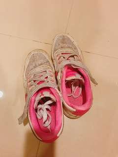 🚚 Nike 布鞋 25公分