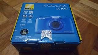 Coolpix W100