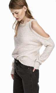 🚚 H&M Off Shoulder Top cream colour