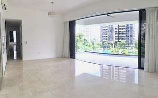 XXL CONDO in Bukit Timah / Holland