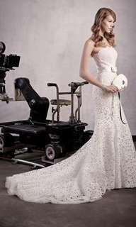 Lusan Mandongus Designer Bridal House Lace Trumpet Wedding Gown