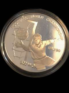 1989 DPRK North Korea 500 WON Football World Championship Italy'90 Pure Silver Proof-Struck Large Crown Coin. Rare.