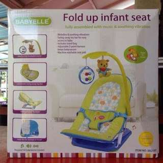 Fold Up Infant Seat Babyelle